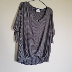 Com.plete striped top size small lose wear